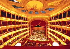 Agevolazione per interventi di ristrutturazione e/o completamento di sale teatrali in Sicilia
